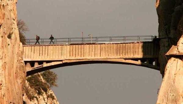 20151115211556-caminito-del-rey-2.jpg